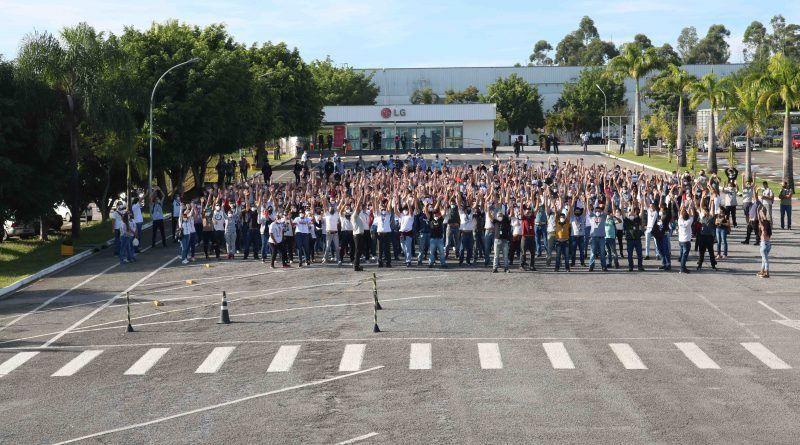 LG vai interromper produção de celulares em Taubaté - (Foto: Divulgação/Sindmetau)