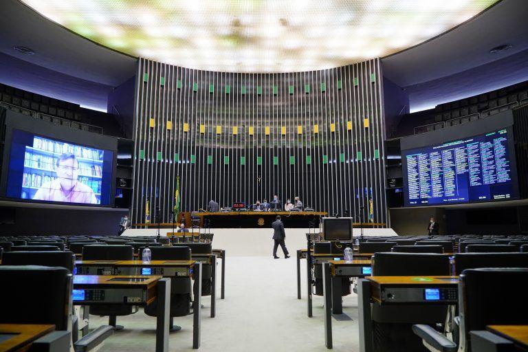 Votações em Plenário - (Foto: Pablo Valadares/Câmara dos Deputados)