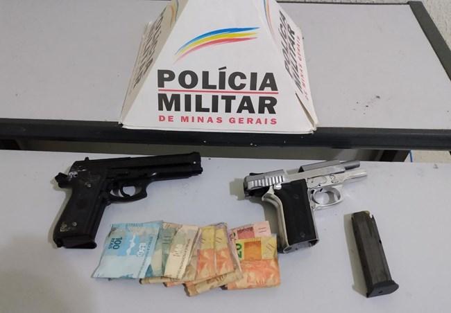armas, celulares e dinheiro foram encontrados e apreendidos