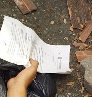 O Homem portava os papeis de libertação em mãos foto divulgação