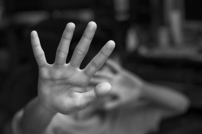 Proposta que veio da Câmara faz homenagem a menino assassinado no início do ano no Rio de Janeiro e é voltada para a proteção de crianças e adolescentes vítimas de violência doméstica - Getty Images/iStockphoto